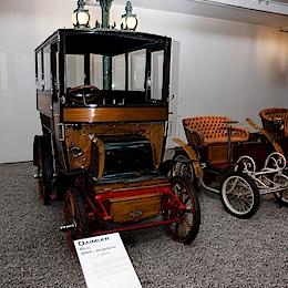 1899 Daimler Bus