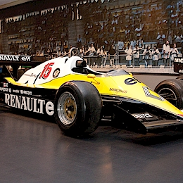1983 Renault RE40