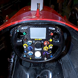 Volant Ferrari F2002